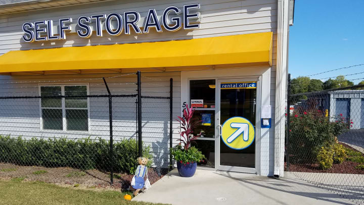 Compass Self Storage rental office in Acworth, GA.